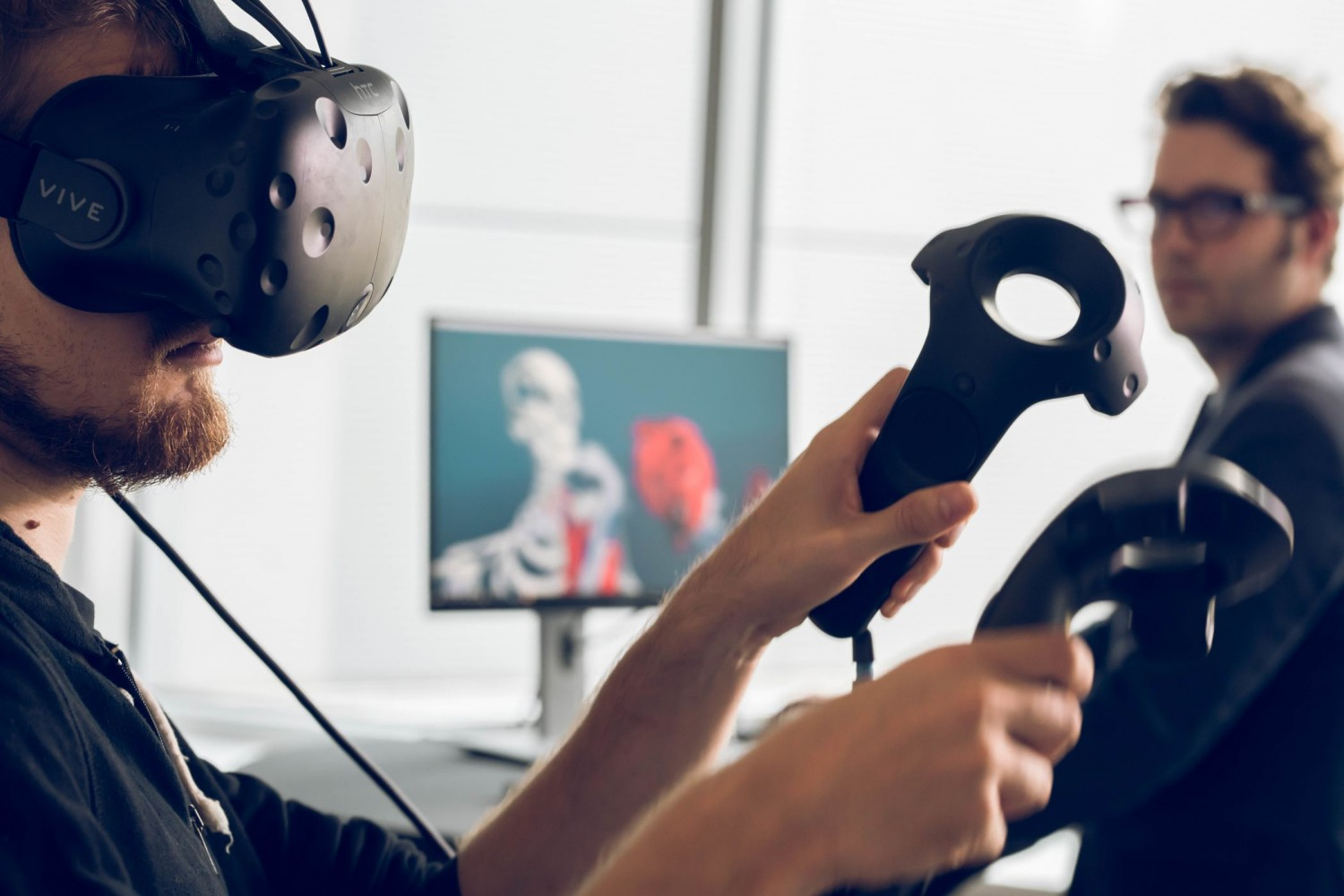 Virtual Reality (VR) can play a role for for medical training and education applications in hospitals