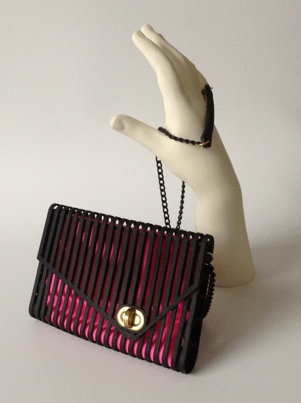 The first 3D printed flexible purse made by Pasquale Bonfilio.